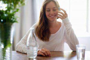Uống nước lọc chuẩn cách này, cân giảm ầm ầm không cần ăn kiêng